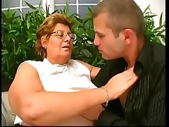Very fat lady gets her hairy cunt drilled by young dude