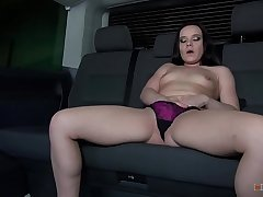 https://www.xvideos.com/account/uploads/new