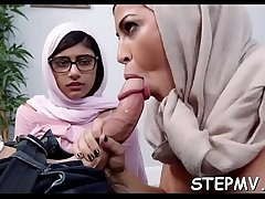 Sexy stepmom is teaching her daughter how to engulf dick
