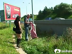 Public banging a gorgeous brunette in the outdoors