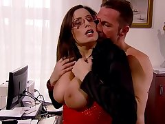 Sensual Jane vs David Perry - Secretary with special service