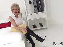 Unfaithful english mature lady sonia shows her huge breasts