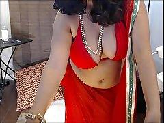Indian Amateur wife masturbating on webcam